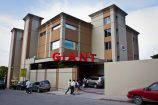 Giant, Pétion-Ville